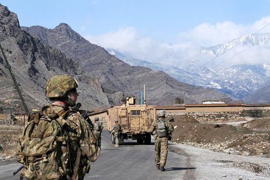 Afgh-Kunar-patrol