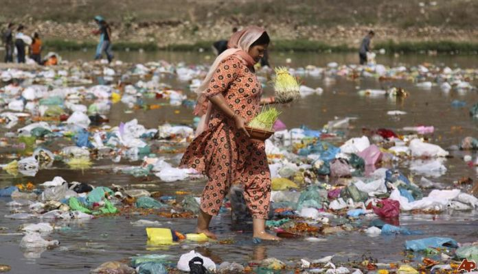 water pollution in India.